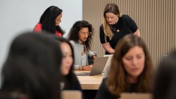 1543282008_apple-announces-entrepreneur-camp-program-to-empower-women-11262018