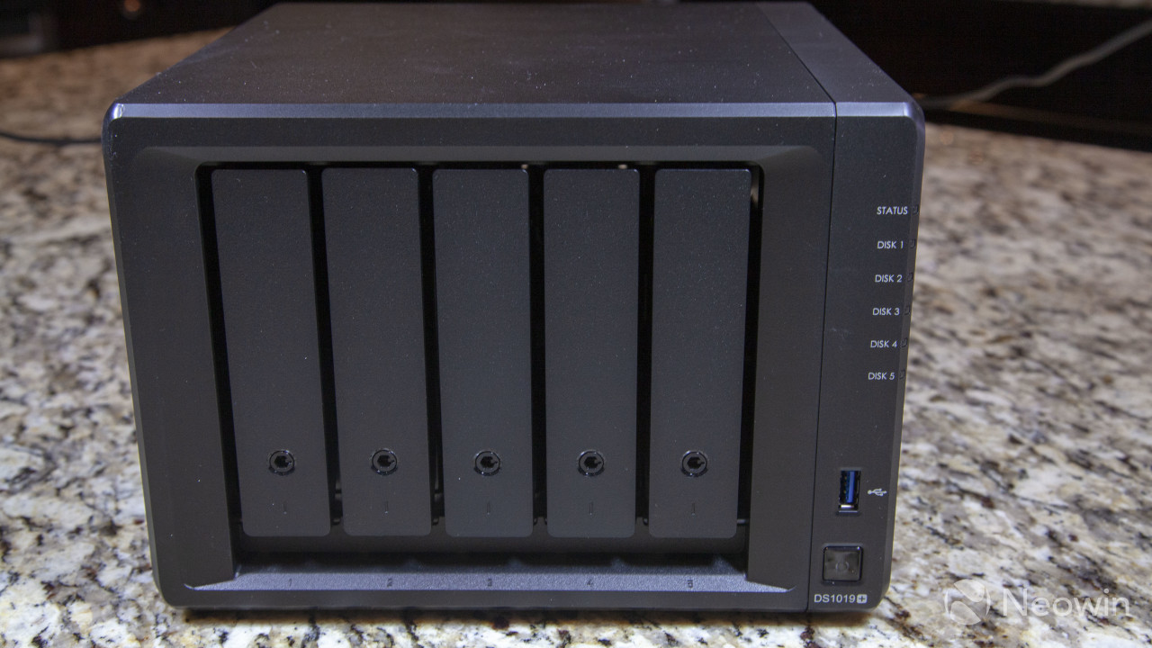 Review of the Synology DS1019+, a storage workhorse and a Plex beast