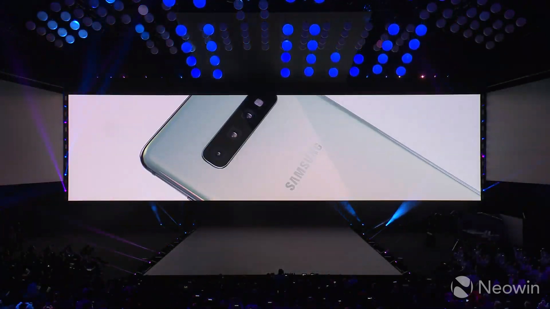 Samsung's dedicated camera night mode for the Galaxy S10 series now live for everyone