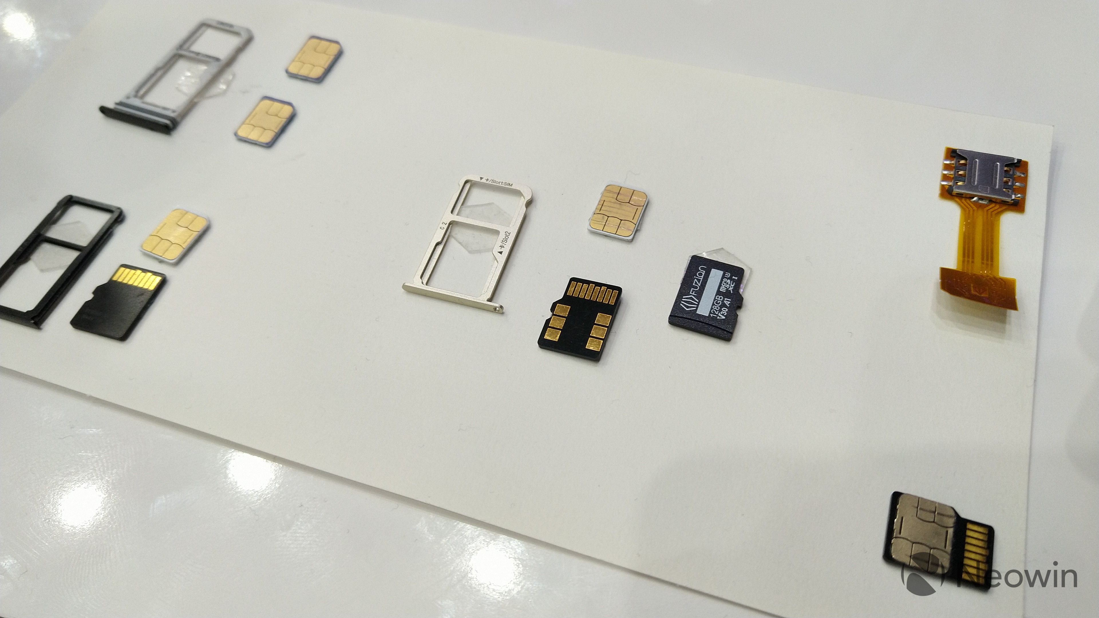 MWC 2019] FuZion cards bring microSD storage and cellular