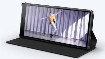 1551717313_1375-ssdc-mwc-2019-xperia-10-style-cover-stand-scsi10-full-21-9-display-e4a1-desktop-2-56e7925de0eb7a01942e610a7bbff985
