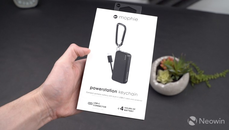 the best attitude 1348f 3461b Mophie's powerstation keychain is an extremely compact USB Type-C ...