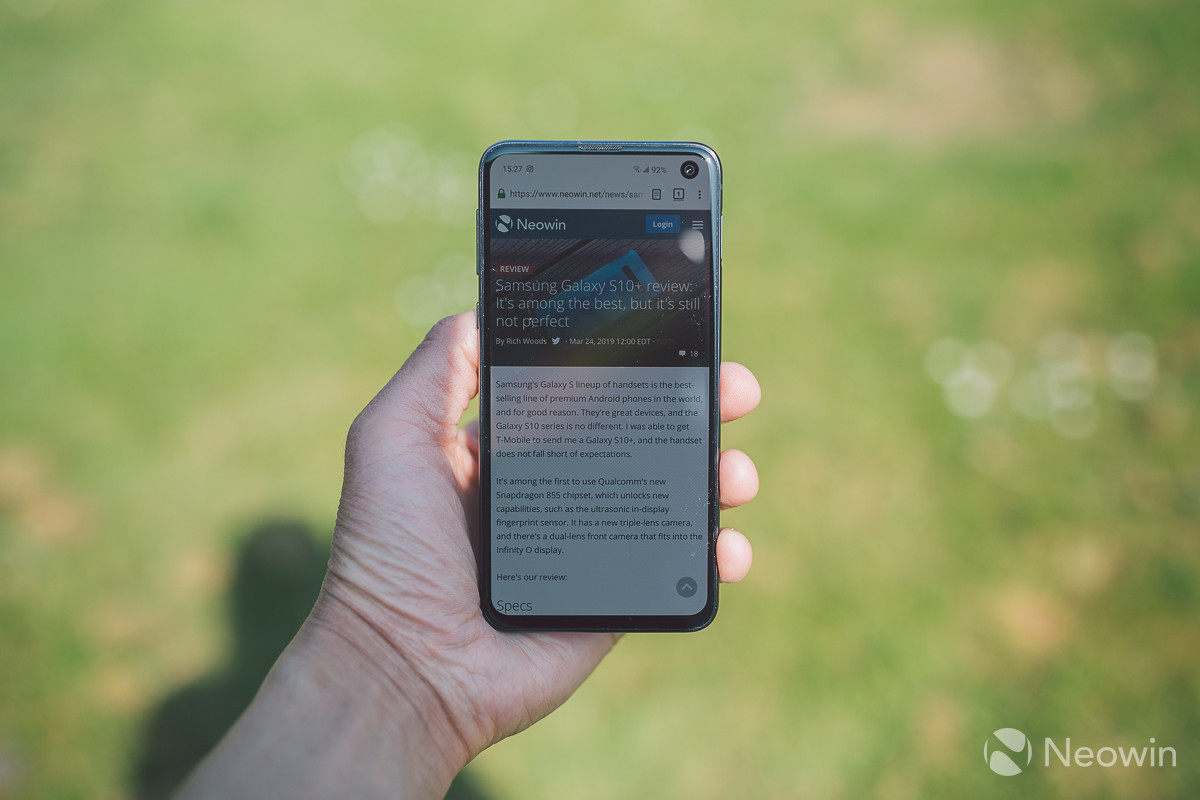 Samsung Galaxy S10e review: It's an all round pocket rocket - Neowin
