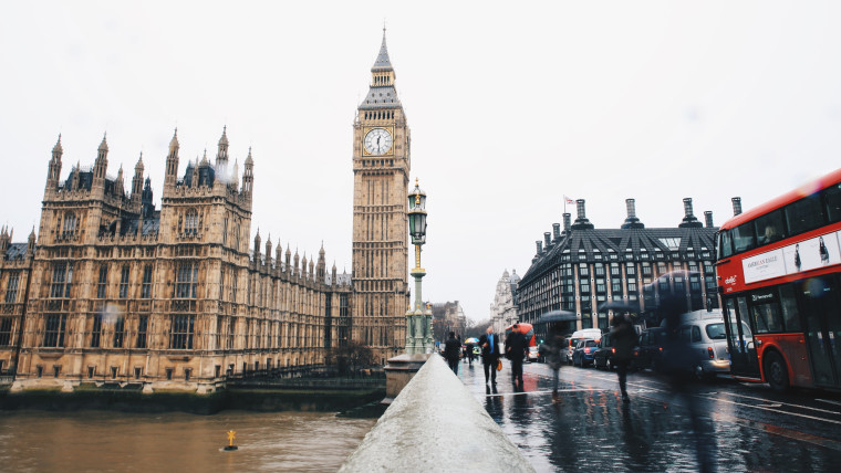 A rainy London with Big Ben in the background