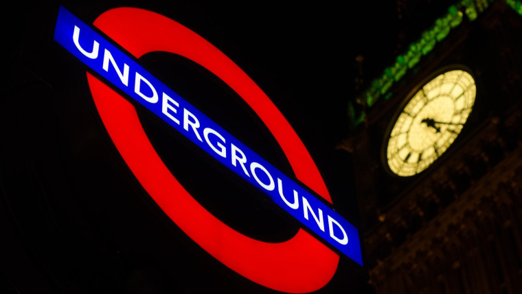 London Underground sign with Big Ben in the background