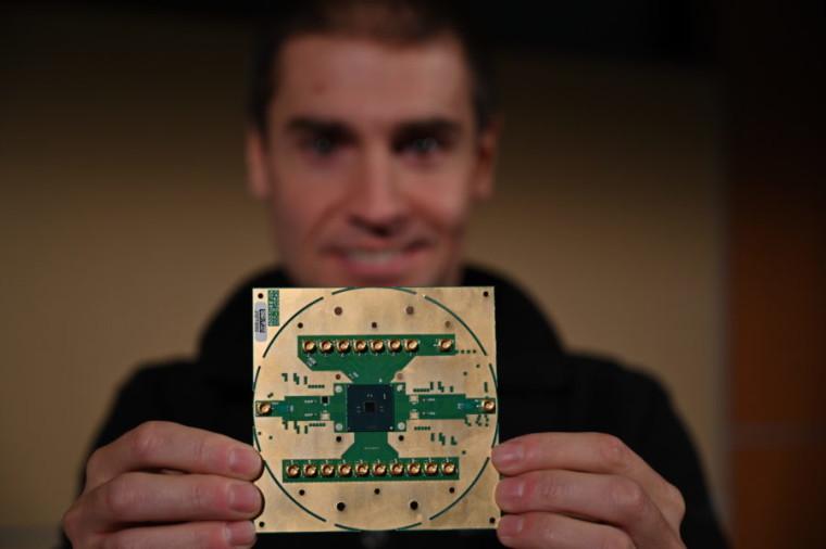 Stefano Pellerano, Principal Engineer at Intel Labs, holding Horse Ridge