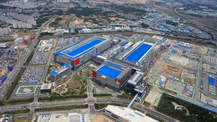 Samsung production line in Pyeongtaek, Korea