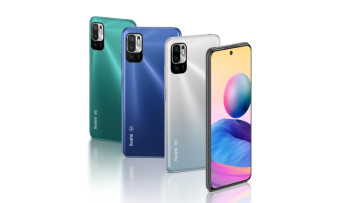 A row of the Redmi Note 10 5G in Chrome Silver Graphite Gray Nighttime Blue and Aurora Green