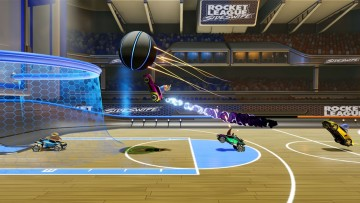 Rocket League Sideswipe screenshot during a Hoops match
