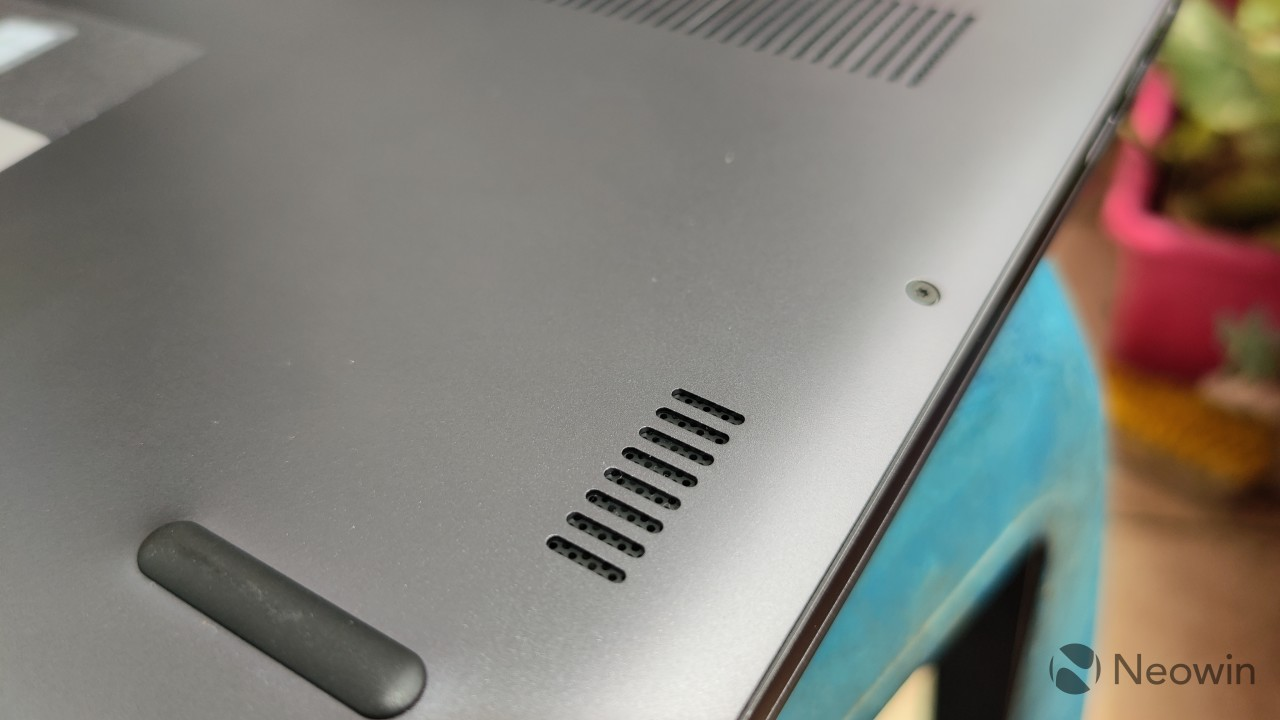 Close-up of a bottom firing speaker on the Honor MagicBook 14