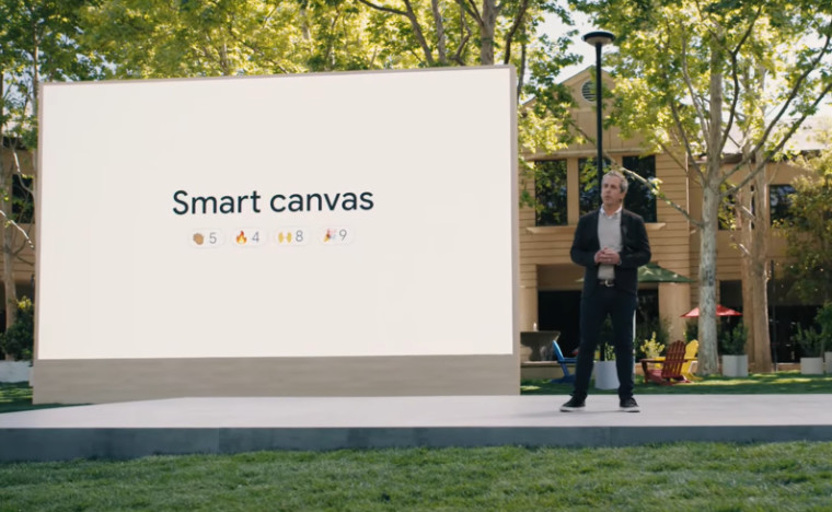 Google&039s Javier Soltero talking about Smart Canvas and other Workspace updates on stage at Google