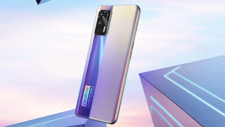 Reamle X7 Max 5G silver variant