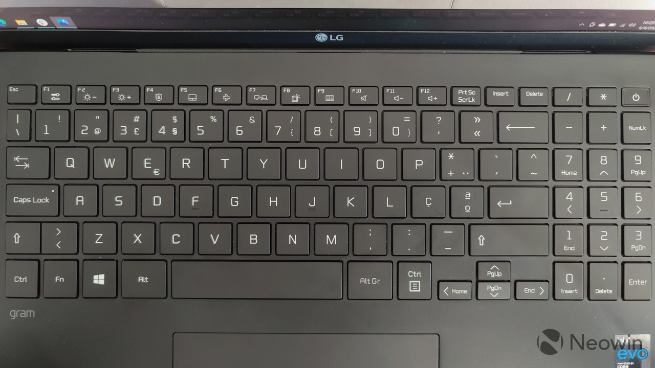 Keyboard on the LG gram 16 including a full number pad