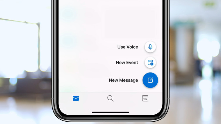 Outlook for iOS voice features examples