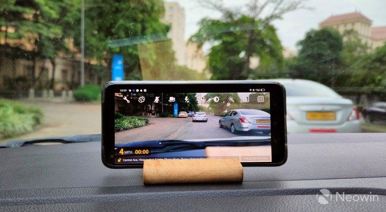 Using old smartphone as a dashcam