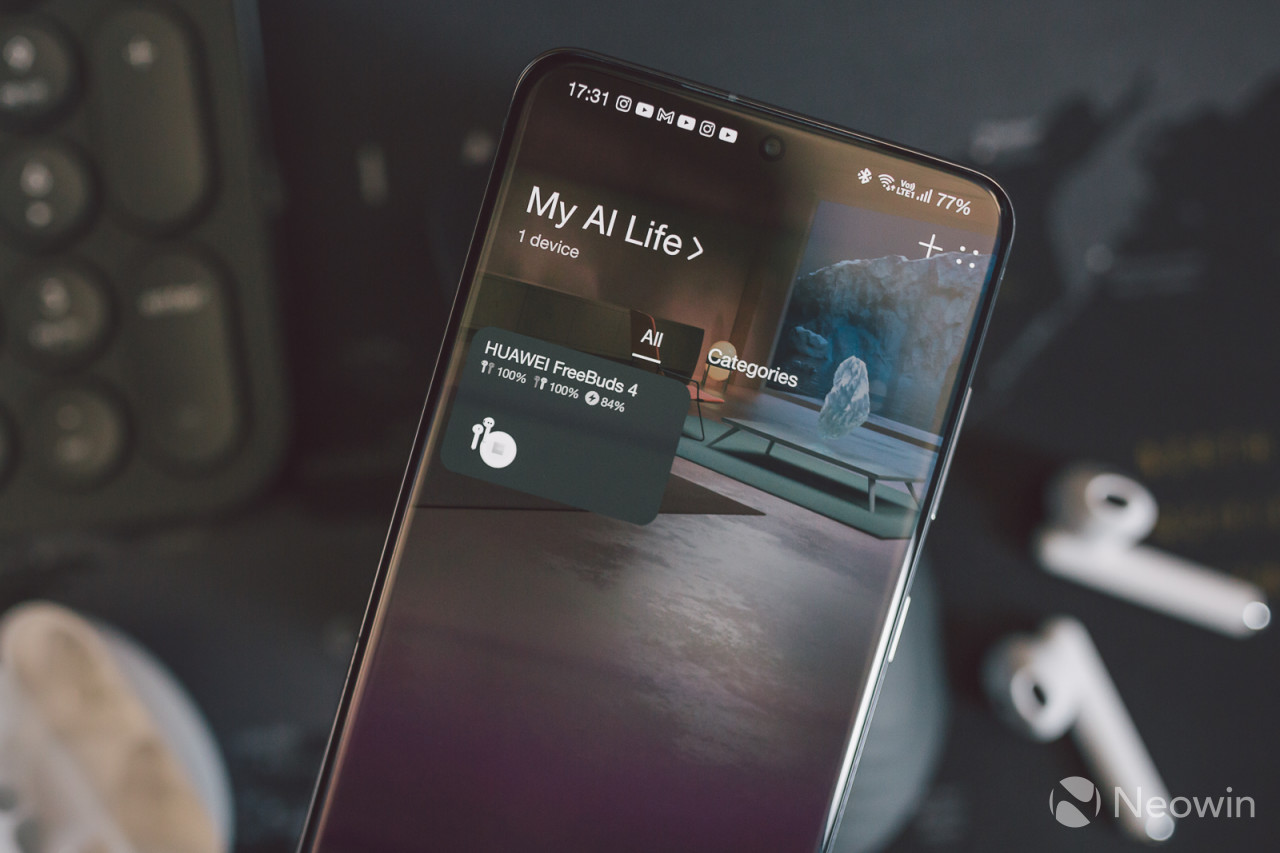Huawei AI Life app