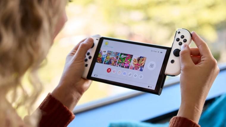 Nintendo Switch OLED with joycon