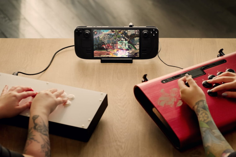 Image of the Steam Deck portable PC by Valve