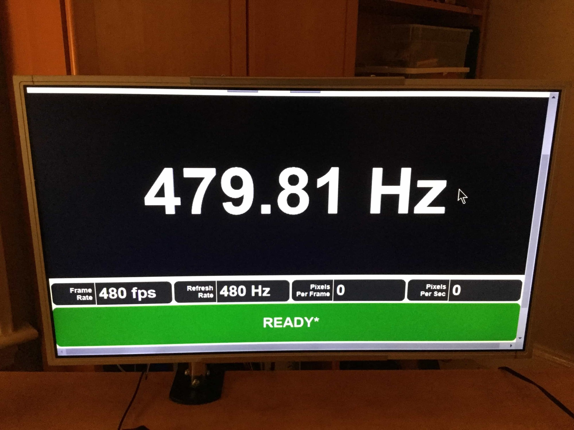 Screen displaying 480Hz approx