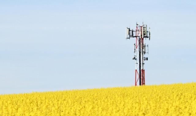 http://www.neowin.net/images/uploaded/cell-tower-shutterstock_story.jpg