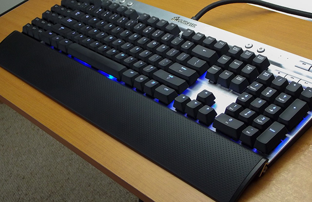 Review Corsair Vengeance K90 Mechanical Keyboard
