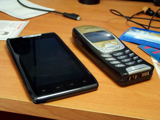 Retro Review: Nokia 6310i (circa 2002) - Neowin
