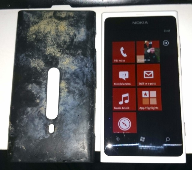 Nokia Lumia 800 still works after 3 1/2 months at the ...