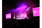 http://www.neowin.net/images/uploaded/un-carrier_3.0_event