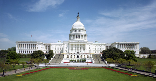 http://www.neowin.net/images/uploaded/united_states_capitol_-_west_front.jpg