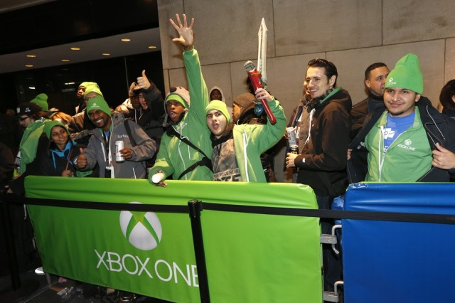 http://www.neowin.net/images/uploaded/xbox_times_square_3.jpg